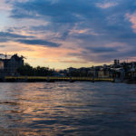Sonnenuntergang gesehen aus einem Boot der Limmat-Schifffahrt in Zürich
