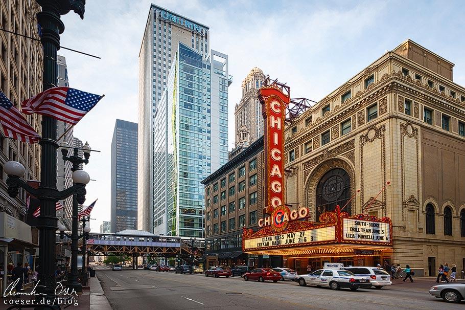 Außenansicht des Chicago Theatre