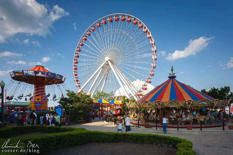 Riesenrad auf dem Navy Pier in Chicago
