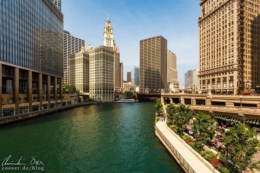 Grün gefärbter Chicago River