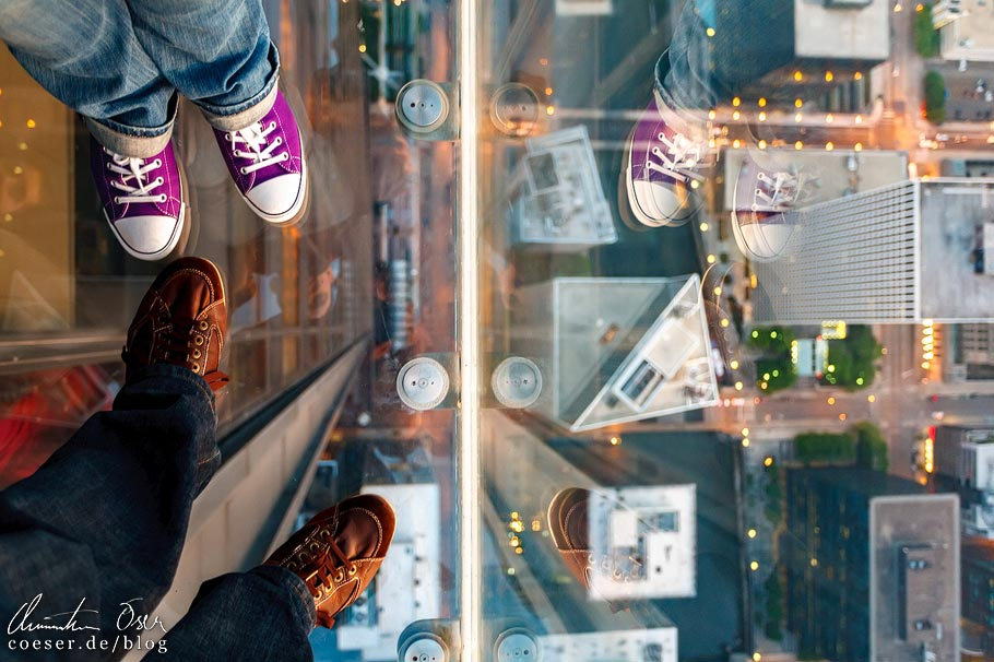 Glasboden im Skydeck Chicago (Willis Tower)