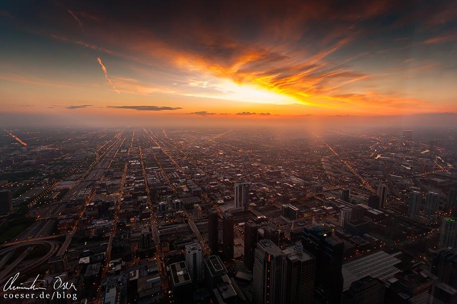 Sonnenuntergang vom Skydeck Chicago (Willis Tower) aus gesehen
