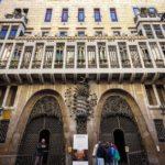 Außenansicht des Palau Güell von Antoni Gaudì in Barcelona