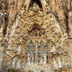 Detail der Geburtsfassade der Sagrada Família von Antoni Gaudì in Barcelona