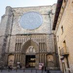 Außenansicht der Kirche Basílica de Santa Maria del Pi in Barcelona