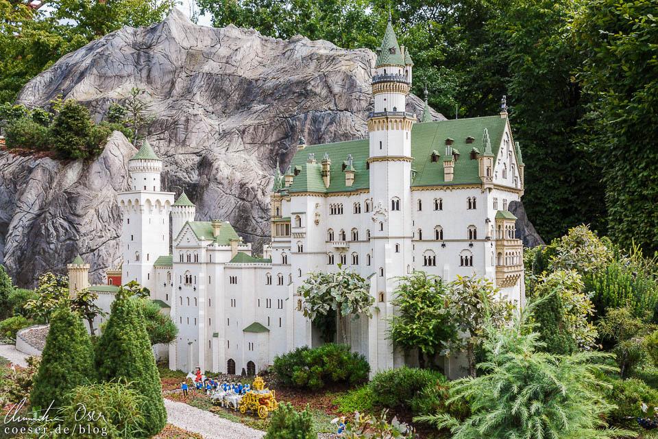Schloss Neuschwanstein im Legoland Deutschland Resort in Günzburg