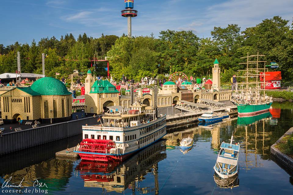 Der Hamburger Hafen im Legoland Deutschland Resort in Günzburg