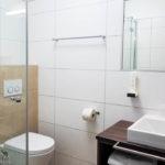 Bad im Doppelzimmer im Biergasthaus Schiffner in Aigen-Schlägl