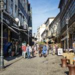 Auf der Straße Strada Șelari finden sich zahlreiche Restaurants und Lokale