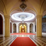 Führung durch die Räume des Parlamentspalasts von Bukarest