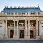 Außenansicht des Patriarchenpalasts in Bukarest