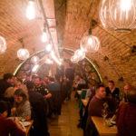 Innenansicht des Restaurants Hanu' lui Manuc in Bukarest