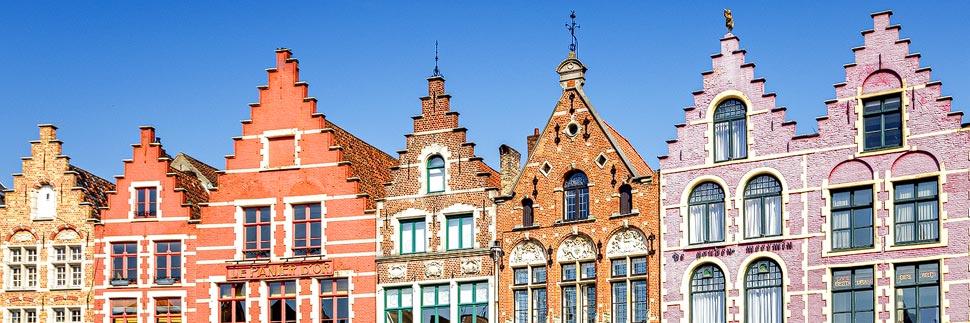 Gibelhäuser auf dem Hauptplatz in Brügge