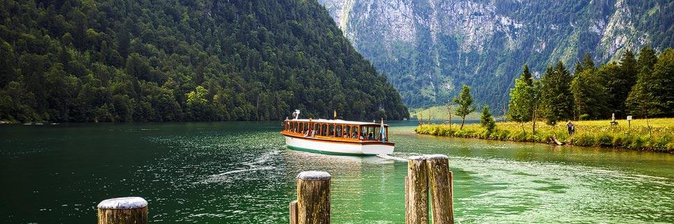 Ein Schiff auf dem Königssee