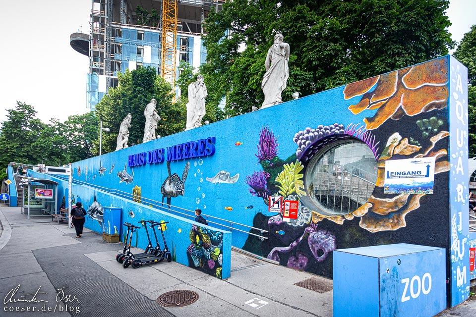 Mural von Naskool vor dem Haus des Meeres in Wien
