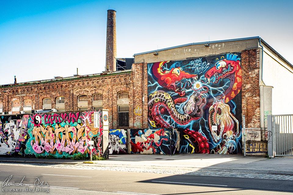 Mural auf der Arena Wien von NYCHOS / Sheryo / The Yok