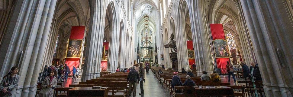 Innenansicht der Liebfrauenkirche in Antwerpen
