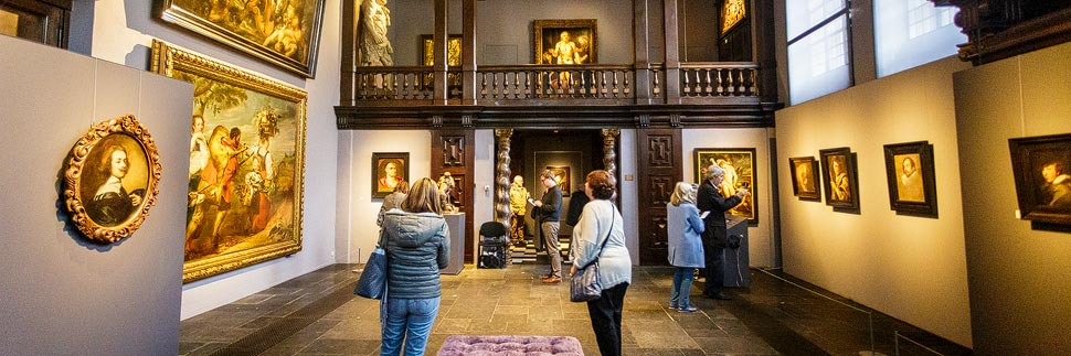 Besucher im Rubenshaus in Antwerpen