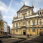 Außenansicht der Sint-Carolus-Borromeuskerk (Rubenskirche) in Antwerpen