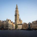 Die Liebfrauenkirche vom Grote Markt in Antwerpen aus gesehen