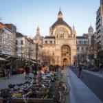 Außenansicht des Hauptbahnhofs Antwerpen-Centraal