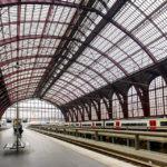 Die Dachkonstruktion im Hauptbahnhof Antwerpen-Centraal