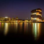 Außenansicht des MAS (Museum aan de Stroom) in Antwerpen