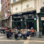 Außenansicht des Muziekcafé De Kroeg in Antwerpen