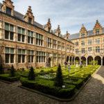 Der Innenhof im Plantin-Moretus-Museum in Antwerpen