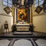 Das Grab von Peter Paul Rubens in der Sint-Jacobskerk in Antwerpen