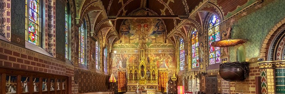 Innenansicht der Heilig-Blut-Basilika in Brügge