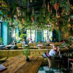 Cafébereich im 25hours Hotel München The Royal Bavarian