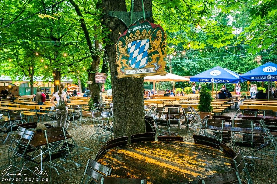 Stammtisch im Biergarten Hofbräukeller in München