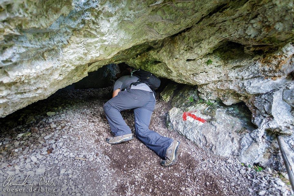 Höhle am Rudolf-Decker-Steig in der Steinwandklamm in Niederösterreich