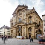 Außenansicht der Katholischen Kirche St. Martin in Bamberg