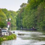 Ein Gondoliere unweit der Fischersiedlung Klein Venedig in Bamberg
