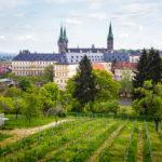 Blick auf den Bamberger Dom und die Neue Residenz vom Kloster Michelsberg aus