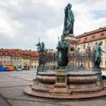 Der Maximiliansbrunnen auf dem Maxplatz in Bamberg