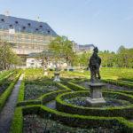 Der Rosengarten hinter der Neuen Residenz in Bamberg