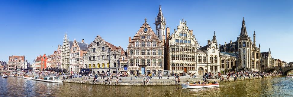 Panorama der Zunfthäuser am Graslei in Gent