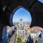 Blick vom Belfried auf die St.-Nikolaus-Kirche von Gent
