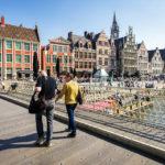 Blick auf die Uferterrassen Graslei und Korenlei in Gent
