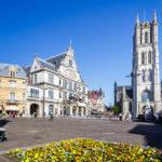 Außenansicht der St.-Bavo-Kathedrale in Gent