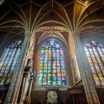 Fenster in der St.-Bavo-Kathedrale in Gent