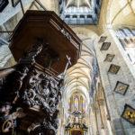 Innenansicht der St.-Nikolaus-Kirche in Gent