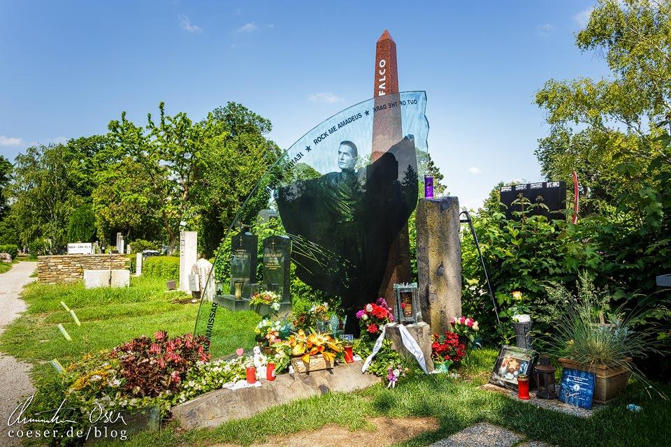 Grab von Falco (Hans Hölzel) auf dem Wiener Zentralfriedhof