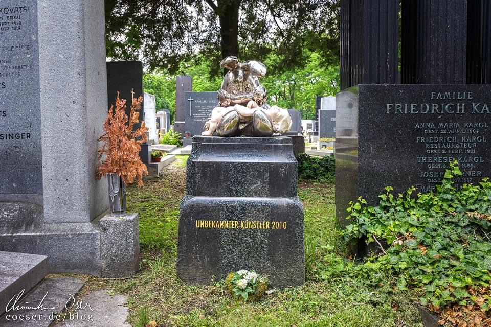 Grab eines unbekannten Künstlers auf dem Wiener Zentralfriedhof