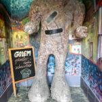 Das namensgebende Monster im Bierlokal Pivovar Golem in Košice