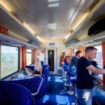 Blick in den Speisewagen der slowakischen Bahn