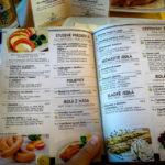 Speisekarte im Speisewagen der slowakischen Bahn